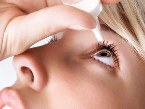 Cómo poner gotas en los ojos correctamente